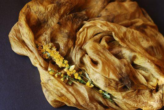 """Шарфы и шарфики ручной работы. Ярмарка Мастеров - ручная работа. Купить Шарфик шелковый """"Темное золото"""", экопринт. Handmade. Желтый"""