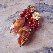 """Украшения ручной работы. Ярмарка Мастеров - ручная работа Серьги """"Осенние ягоды"""" морские раковины, коралл, позолота. Handmade."""