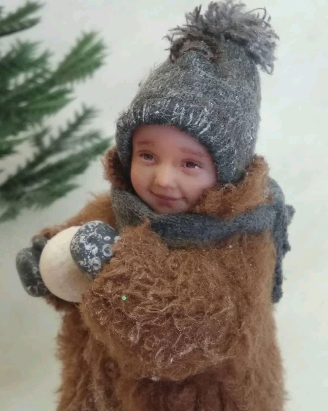 Ёлочная игрушка малыш со снежком 9 см, Куклы и пупсы, Подольск,  Фото №1