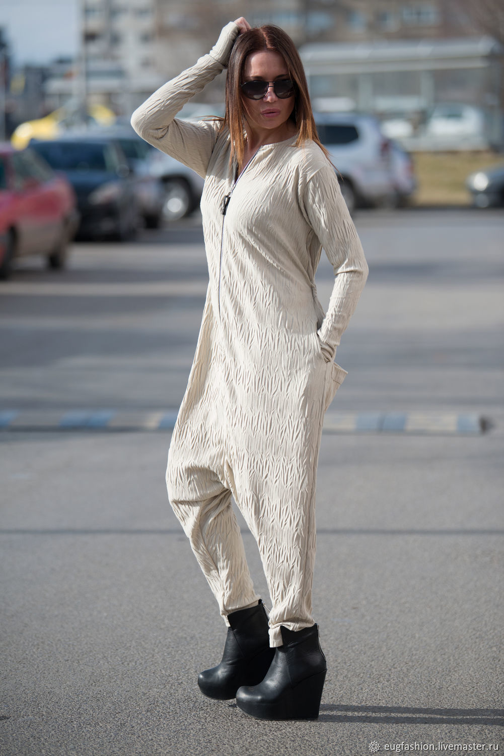 Fashionable beige jumpsuit of knit-knit - JP0351TR, Jumpsuits & Rompers, Sofia,  Фото №1