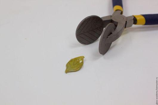 Для украшений ручной работы. Ярмарка Мастеров - ручная работа. Купить пресс - щипцы лист для  lampwork,пресс для лемпворка для лэмпворка. Handmade.