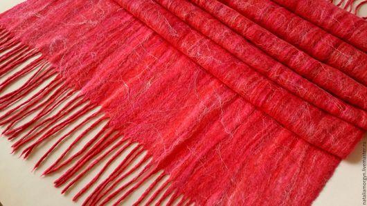 """Шали, палантины ручной работы. Ярмарка Мастеров - ручная работа. Купить Палантин валяный """"Красный туман"""". Handmade. Ярко-красный"""