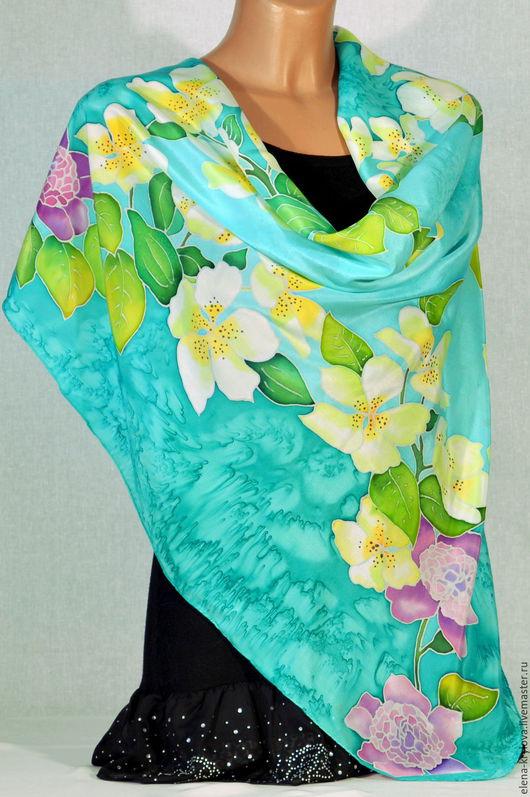 Шали, палантины ручной работы. Ярмарка Мастеров - ручная работа. Купить шелковый платок батик Весенние цветы. Handmade. цветочный