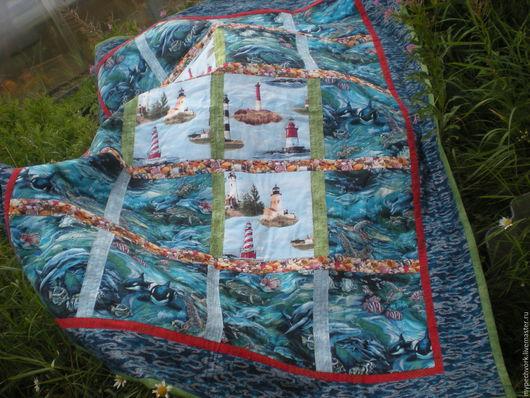 """Текстиль, ковры ручной работы. Ярмарка Мастеров - ручная работа. Купить Лоскутное одеяло """"Дельфины"""". Handmade. Одеяло пэчворк, море"""