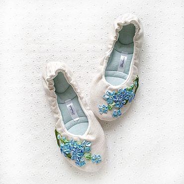 """Обувь ручной работы. Ярмарка Мастеров - ручная работа 38 Балетки """"Незабудки"""" тапочки женские, домашние. Handmade."""