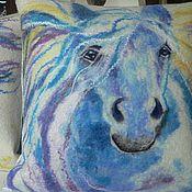 """Для дома и интерьера ручной работы. Ярмарка Мастеров - ручная работа """"Кони"""" комплект декоративных подушек. Handmade."""