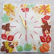 """Часы классические ручной работы. Ярмарка Мастеров - ручная работа Часы """"Осень"""". Фьюзинг. Handmade."""