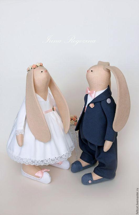 """Подарки на свадьбу ручной работы. Ярмарка Мастеров - ручная работа. Купить """"Классическая свадьба"""" свадебные зайцы в подарок на свадьбу. Handmade."""