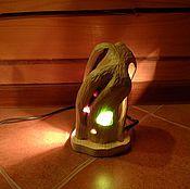 Для дома и интерьера ручной работы. Ярмарка Мастеров - ручная работа Лампа из душистого Заполярного можжевельника с янтарём и стеклом. Handmade.
