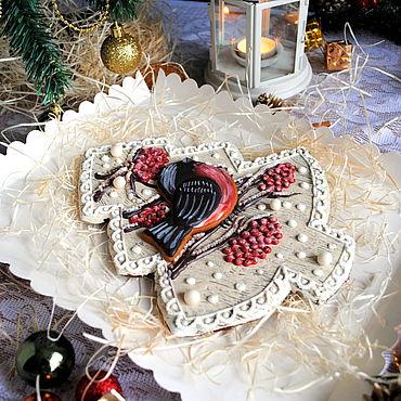 Сувениры и подарки ручной работы. Ярмарка Мастеров - ручная работа Пряник елка  со снегирем. Handmade.