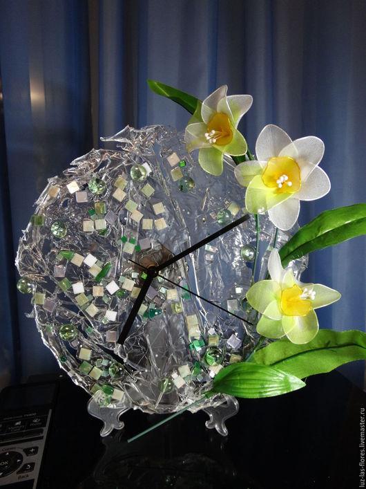 """Часы для дома ручной работы. Ярмарка Мастеров - ручная работа. Купить Часы """"Нежность и лед"""". Handmade. Часы интерьерные, весна"""