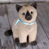 Куклы и игрушки ручной работы. Ярмарка Мастеров - ручная работа Сиамский котенок Сима (игрушка из войлока). Handmade.
