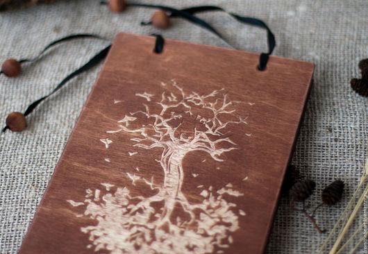 """Блокноты ручной работы. Ярмарка Мастеров - ручная работа. Купить """"Лисичка"""" резной деревянный блокнот Резьба по дереву Коричневый Дерево. Handmade."""