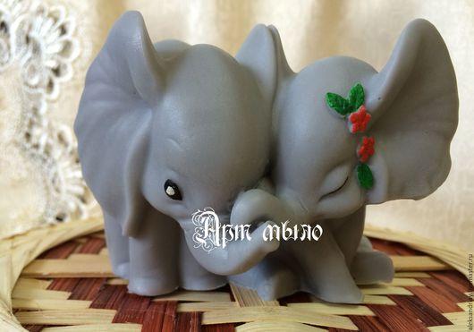 """Мыло ручной работы. Ярмарка Мастеров - ручная работа. Купить мыло""""Влюбленные слонята"""". Handmade. Серый, мыло сувенирное, сувенирное мыло"""