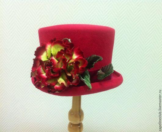 Шляпы ручной работы. Ярмарка Мастеров - ручная работа. Купить Яркий цилиндр. Handmade. Цилиндр, ярко-розовый, бархатная роза