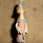 Ангел керамика в голубом колпачке
