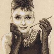 Картины и панно ручной работы. Ярмарка Мастеров - ручная работа Одри Хёпберн.. Handmade.