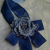 Украшения ручной работы. Ярмарка Мастеров - ручная работа Брошь-галстук из бархата и джинсы. Handmade.