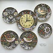 Посуда handmade. Livemaster - original item Porcelain painting Collection of plates on the wall and clocks by V. Morris. Handmade.