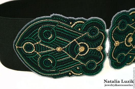 Пояса, ремни ручной работы. Ярмарка Мастеров - ручная работа. Купить Широкий пояс резинка вышитый темно зеленый изумрудный золотой. Handmade.