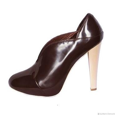 Обувь ручной работы. Ярмарка Мастеров - ручная работа Туфли из натуральной лаковой кожи коричневого цвета. Handmade.