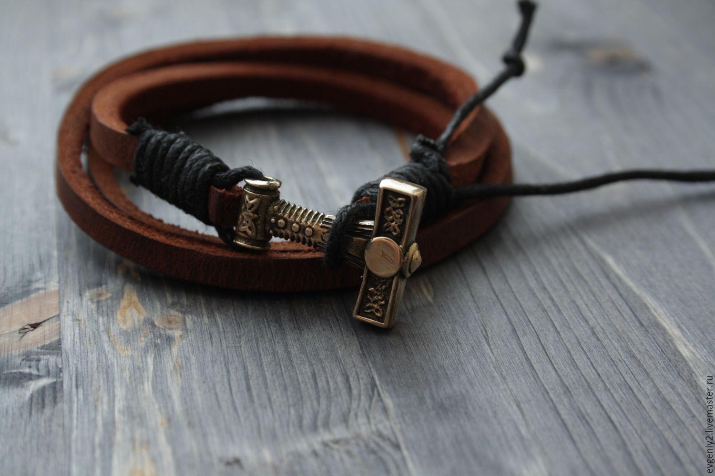 Кожаный браслет с молотом тора