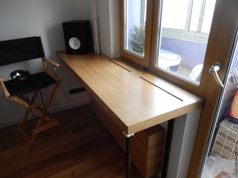 Подоконник-стол из дерева фото.