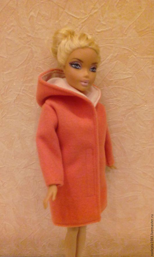 Одежда для кукол ручной работы. Ярмарка Мастеров - ручная работа. Купить Пальто для Барби. Весеннее.. Handmade. Коралловый, одежда для куклы