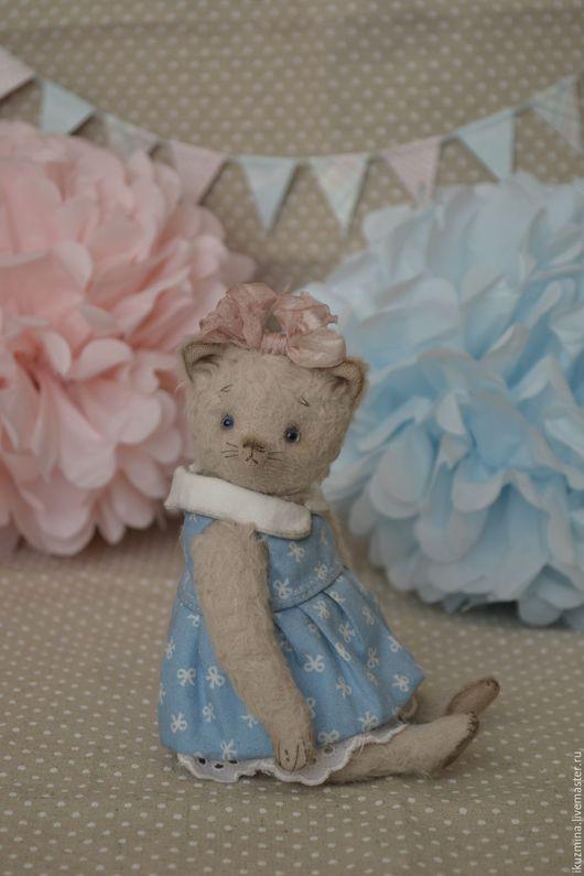 Мишки Тедди ручной работы. Ярмарка Мастеров - ручная работа. Купить Кошечка Алиса. Handmade. Голубой, стеклянные глазки