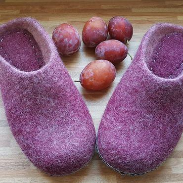 """Обувь ручной работы. Ярмарка Мастеров - ручная работа Тапы """"Спелая слива"""" р 39. Handmade."""