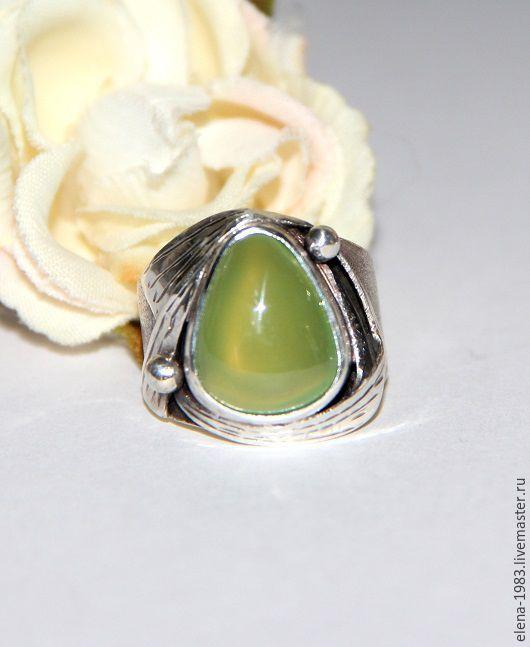 Кольца ручной работы. Ярмарка Мастеров - ручная работа. Купить Серебряное кольцо (925) с везувианом. Handmade. Ярко-зелёный