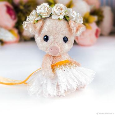 Куклы и игрушки ручной работы. Ярмарка Мастеров - ручная работа Свинка Мегги , поросенок. Handmade.
