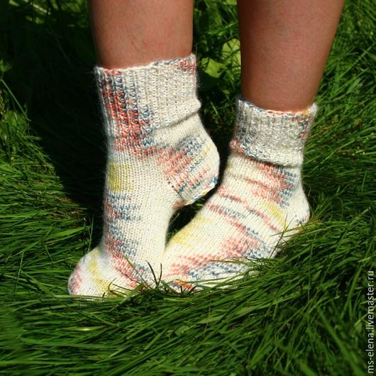 Носки, Чулки ручной работы. Ярмарка Мастеров - ручная работа. Купить Носочки женские. Handmade. Разноцветный, носочки, носки теплые