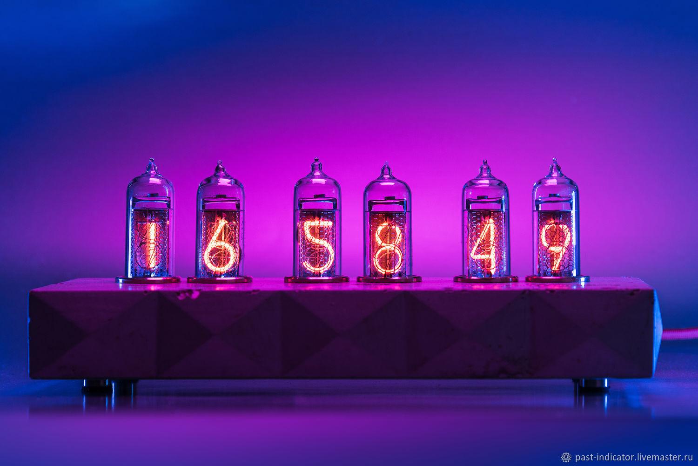 Ламповые часы Сатурн-Б  цветные тип: фиолетовые, Часы ламповые, Москва,  Фото №1