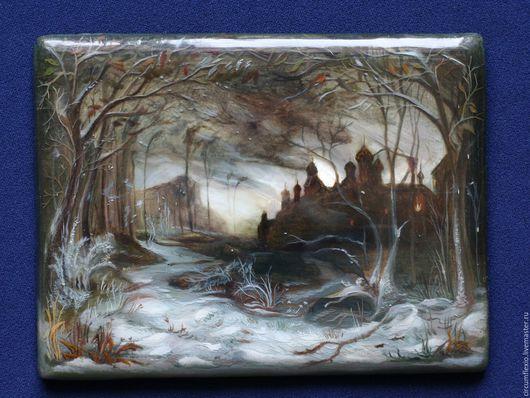 Пейзаж ручной работы. Ярмарка Мастеров - ручная работа. Купить Лаковая миниатюра панно Зимний пейзаж с перламутром. Handmade. Серый