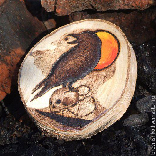 """Статуэтки ручной работы. Ярмарка Мастеров - ручная работа. Купить Брёвнышко """"Чёрный ворон"""". Handmade. Коричневый, спил дерева, красота"""