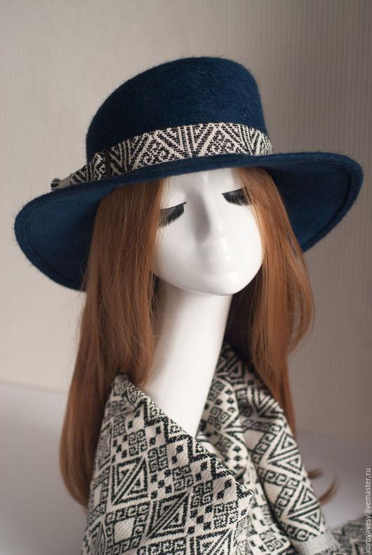 """Шляпы ручной работы. Ярмарка Мастеров - ручная работа. Купить Комплект """"Предчувствие Рождества"""". Handmade. Тёмно-синий, женская молда"""