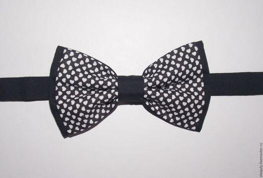 """Галстуки, бабочки ручной работы. Ярмарка Мастеров - ручная работа. Купить Галстук-бабочка """"Сердечки"""". Handmade. Чёрно-белый, черный"""