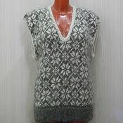 Одежда ручной работы. Ярмарка Мастеров - ручная работа Женская жилетка с глубоким вырезом. Handmade.