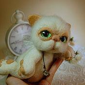 Куклы и игрушки ручной работы. Ярмарка Мастеров - ручная работа Авторская игрушка из шерсти - Ленивый котяра. Handmade.