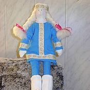 Куклы и игрушки ручной работы. Ярмарка Мастеров - ручная работа Тильда-снегурка, готовимся к Новому году!современная барышня. Handmade.