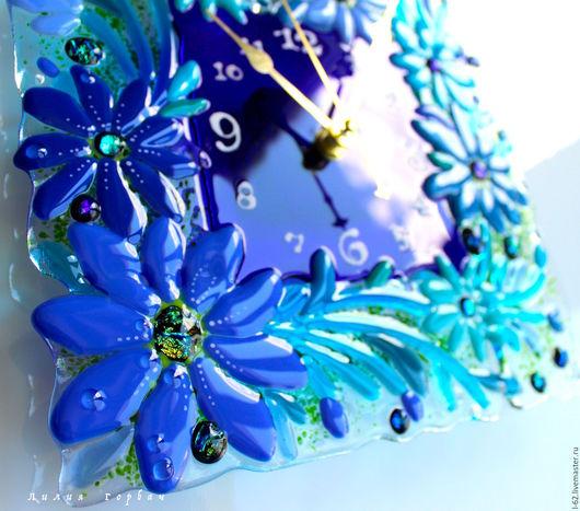Часы для дома ручной работы. Ярмарка Мастеров - ручная работа. Купить часы из стекла, фьюзинг  Синь да бирюза. Handmade. Синий