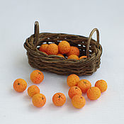 Куклы и игрушки ручной работы. Ярмарка Мастеров - ручная работа Апельсины в корзинке 1/12. Handmade.