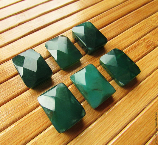 Бусины / кабошоны ХРИЗОПРАЗ. Форма прямоугольник, граненые бусины,  размер 20х15х6 мм. Елена (7businka).