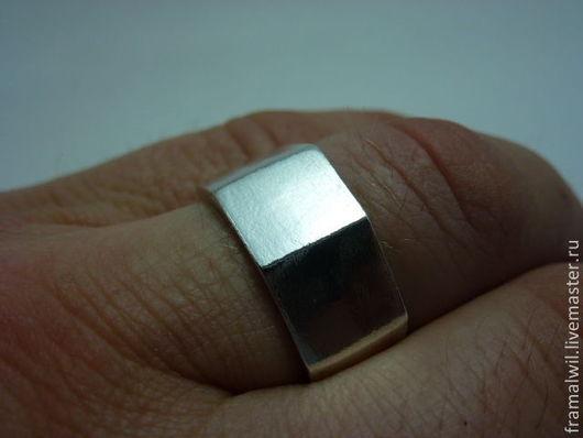 Украшения для мужчин, ручной работы. Ярмарка Мастеров - ручная работа. Купить Кольцо с тремя квадратами. Handmade. Серебряный