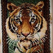 """Картины и панно ручной работы. Ярмарка Мастеров - ручная работа Панно в ковровой технике """"Взгляд из джунглей"""". Handmade."""