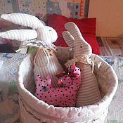 Куклы и игрушки ручной работы. Ярмарка Мастеров - ручная работа Мягкая игрушка (зайцы). Handmade.