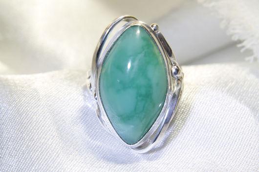 Кольца ручной работы. Ярмарка Мастеров - ручная работа. Купить Перстень из серебра с хризопразом. Handmade. Ярко-зелёный, перстень с хризопразом
