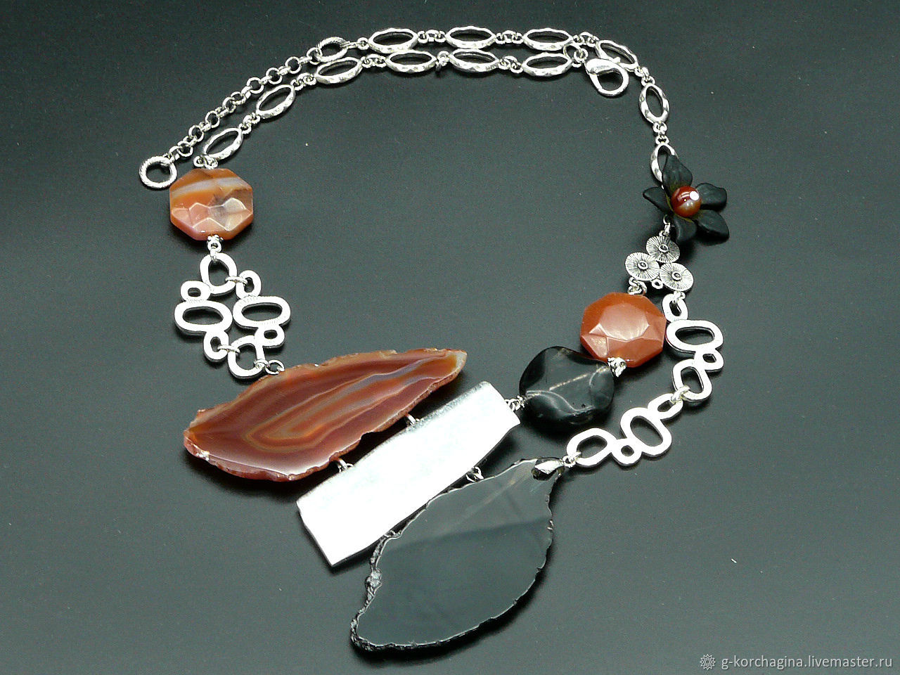 Necklace on a chain with slices of agate ' Night moth', Necklace, Voronezh,  Фото №1