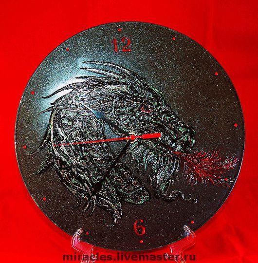 """Часы для дома ручной работы. Ярмарка Мастеров - ручная работа. Купить Часы """"Черный дракон"""".  Объемное изображение. Handmade. Дракон"""